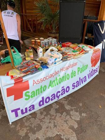 Gremistas arrecadam alimentos para o Hospital Santo Antônio de Pádua de Coronel Bicaco