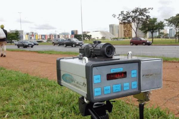 Justiça determina que PRF retome a utilização de radares móveis nas rodovias federais