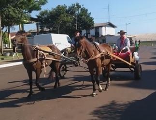 'Cavalgada do Bem' arrecada mais de uma tonelada de donativos em Tenente Portela