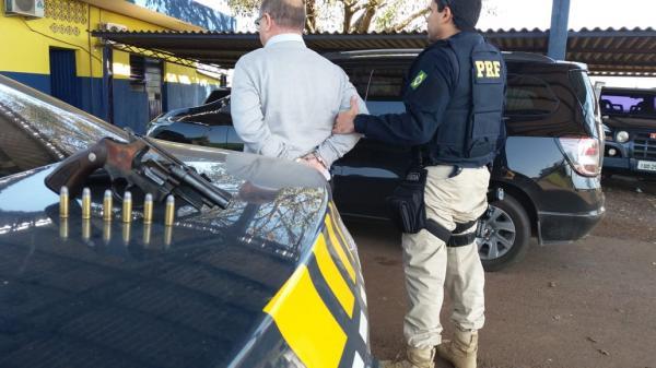 PRF prende idoso por porte ilegal de arma de fogo