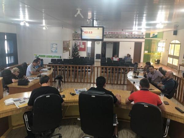 Falta de quórum adia eleição da nova presidência da Câmara de Vereadores de Coronel Bicaco
