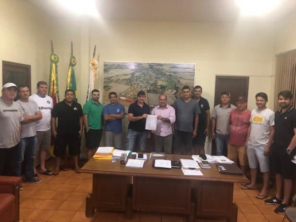 Coronel Bicaco: CMD planeja dois campeonatos simultâneos de futebol de campo
