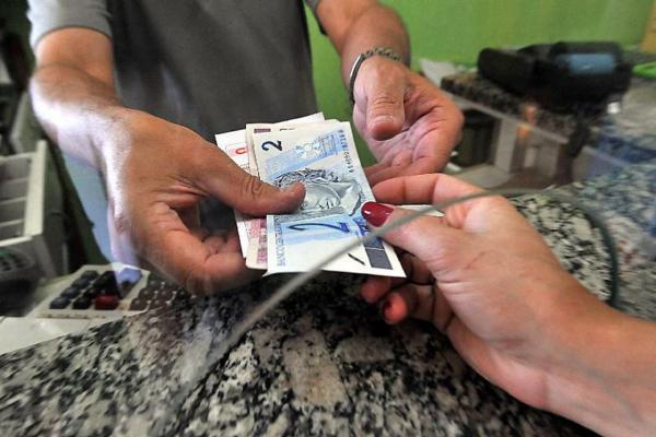 Brasil abre o ano de 2020 com 61,3 milhões de inadimplentes