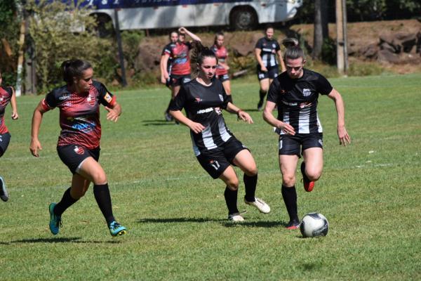 Campeonato Regional de Futebol Feminino teve prosseguimento neste final de semana
