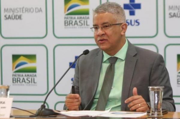 Novos testes rápidos para o Brasil são feitos por empresa da China e serão voltados para profissionais de saúde