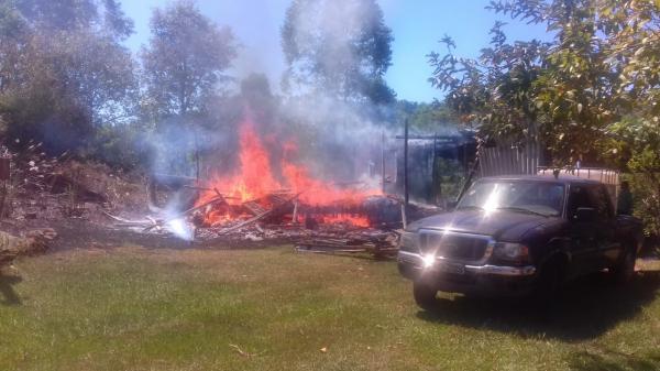 Incêndio destrói residência na cidade de Barra do Guarita