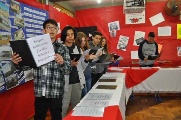 22ª Feporli movimenta comunidade escolar portelense nesta quinta-feira