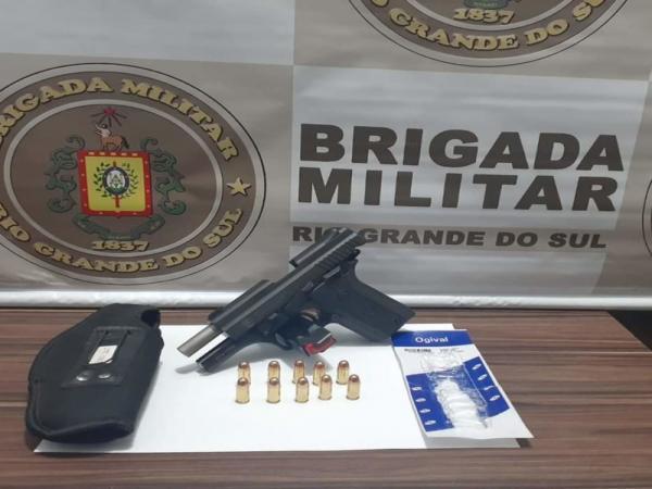BM apreende pistola e munições em bairro de Santo Augusto