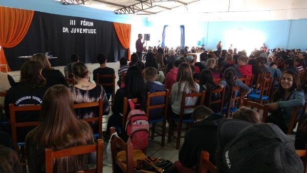Miraguaí promove evento para jovens