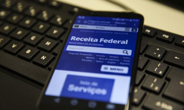 Governo prorroga prazo de entrega da declaração do Imposto de Renda por dois meses