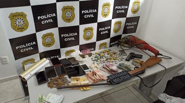 Rodeio Bonito: Operação policial resulta na prisão de casal e apreensão de drogas