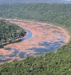 Vídeos aéreos mostram a incrível seca no Rio Uruguai