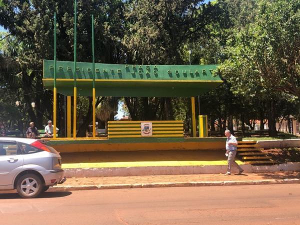 Vereadores de Coronel Bicaco comemoram a revitalização da Praça João Goulart