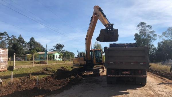 DAER retoma a pavimentação asfáltica entre Palmitinho e Pinheirinho do Vale