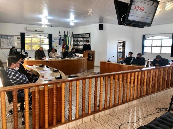 Coronel Bicaco: Secretário da Fazenda explica perdas na arrecadação no Legislativo