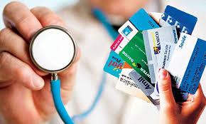 Aprovada suspensão de reajuste de remédios e de planos de saúde