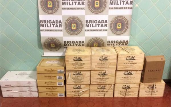 7º BPM apreende caixas de vinho oriundas da Argentina