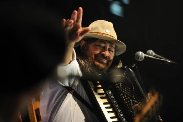 Musica Gaúcha perde gaiteiro Porca Véia