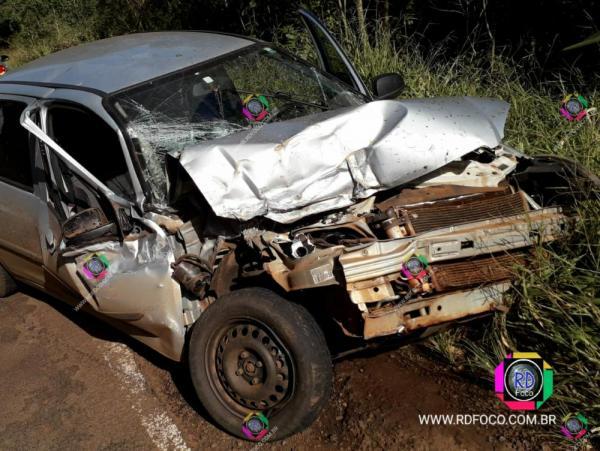 Automóvel de Tenente Portela colide em implemento agrícola na ERS 330