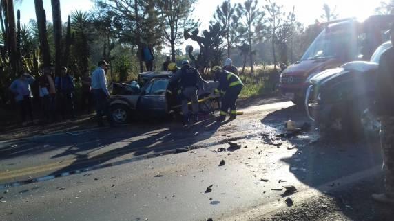 Vídeo mostra colisão frontal entre veículos na BR 285