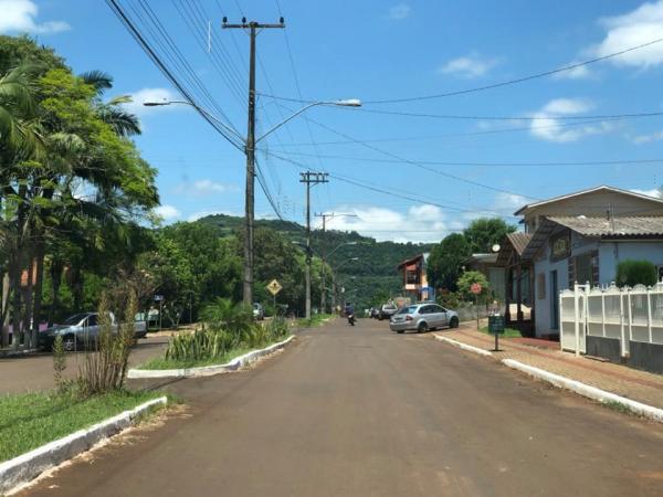 JBS entrega dez termômetros clínicos digitais à Prefeitura de Barra do Guarita