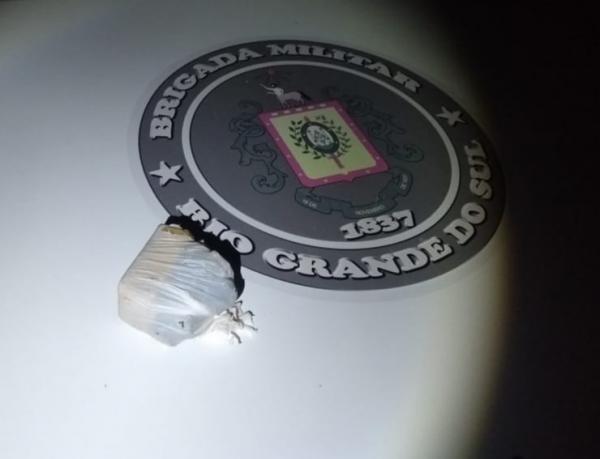 Dupla é presa por tráfico de drogas no interior de Braga
