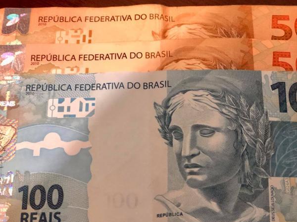 Estudo constata que auxílio emergencial reduziu a pobreza em 23,7% no Brasil