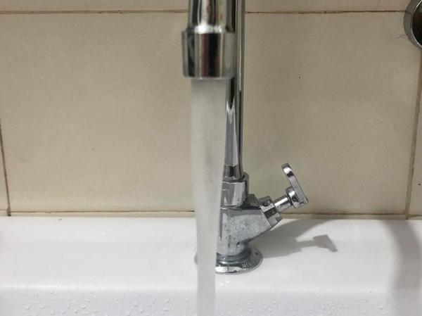 35 milhões de brasileiros não tem acesso à rede de água potável