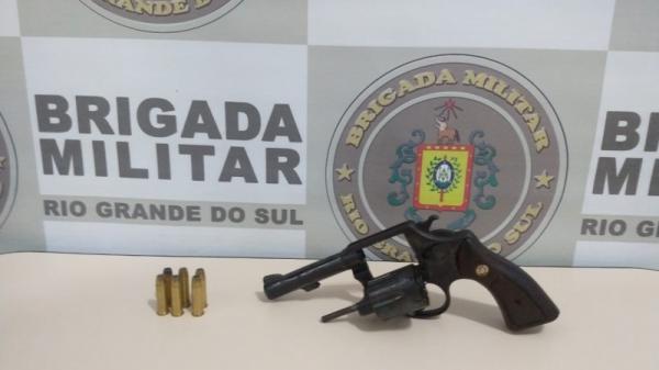 Três Passos: Homem é preso por porte ilegal de arma de fogo