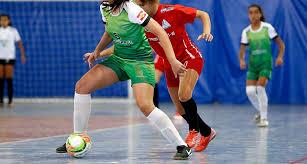 ATLEC disponibiliza escolinha de futsal feminina