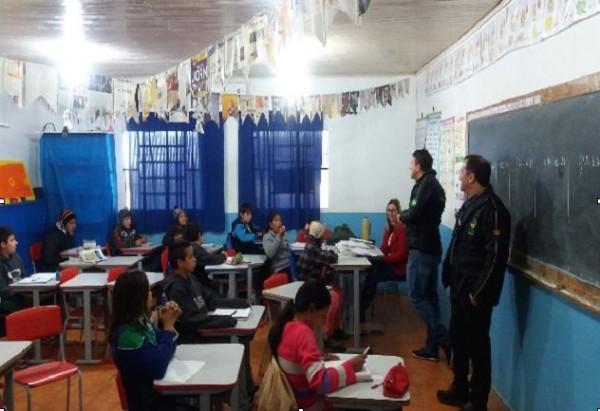 Receita Municipal de Redentora realiza ações em escolas