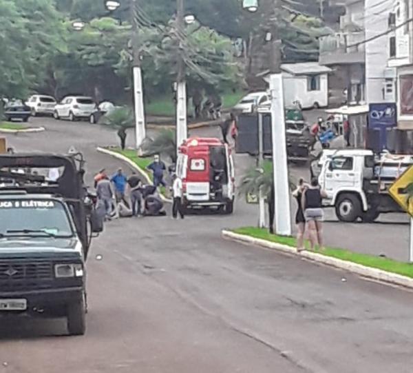 Acidente de trânsito é registrado no Centro de Miraguaí