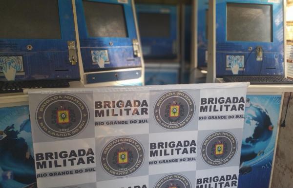 Brigada Militar apreende materiais utilizados para jogos de azar em Coronel Bicaco