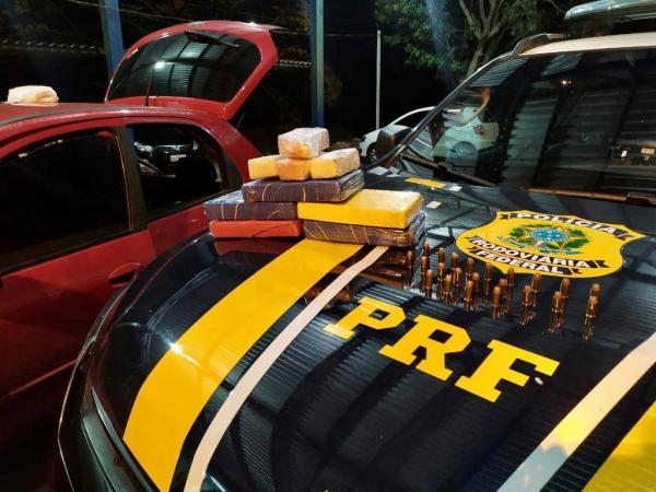 PRF de Seberi prende casal com cocaína e munições