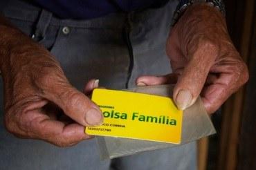 Beneficiários do Bolsa Família têm prazo de 270 dias para sacar parcelas do auxílio emergencial