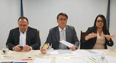 Bolsonaro promete subir isenção do IR para salários até R$ 3 mil