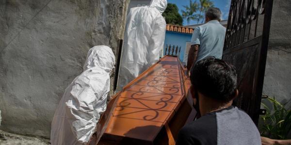 Registros de óbitos fazem de 2020 o ano mais mortal da história do Brasil