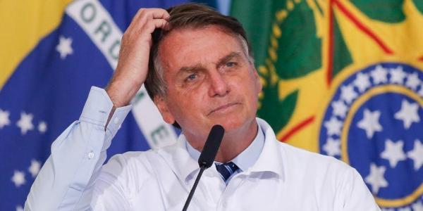 Avaliação positiva de Bolsonaro cai 6 pontos percentuais, diz pesquisa