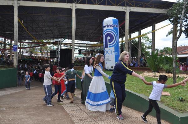 Alunos dos anos iniciais e infantil participam de gincana cultural em Tenente Portela
