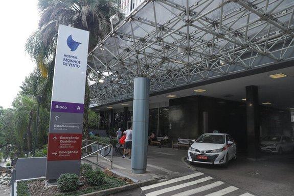 Hospital de Porto Alegre aluga contêiner para acomodar pacientes mortos