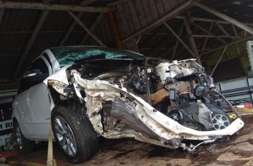 Motorista de carro sai ileso de acidente de trânsito na ERS 207