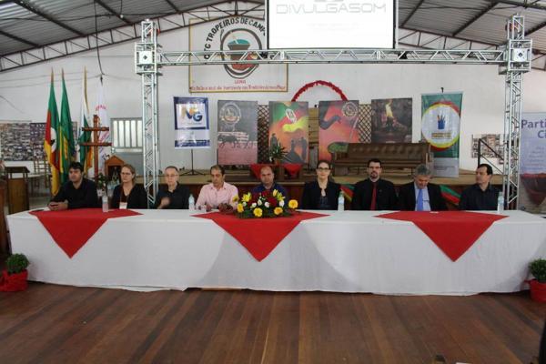 Seminário sobre Educação Fiscal reuniu representantes de 29 municípios em Coronel Bicaco