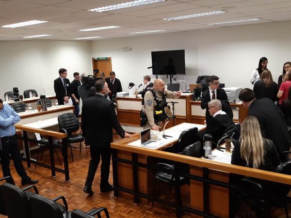 Caso Bernardo: Acompanhe o julgamento ao vivo
